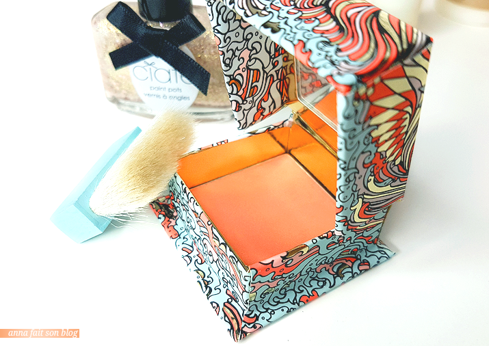 Glossybox Noel 2018 : Benefit blush Galifornia