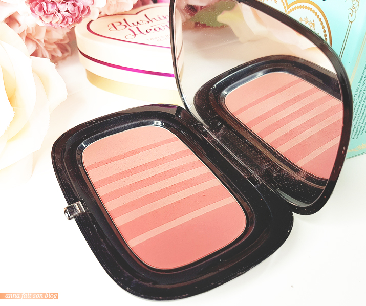Marc Jacobs : Air Blush in Kink & Kisses #marcjacobs #airblush #makeup