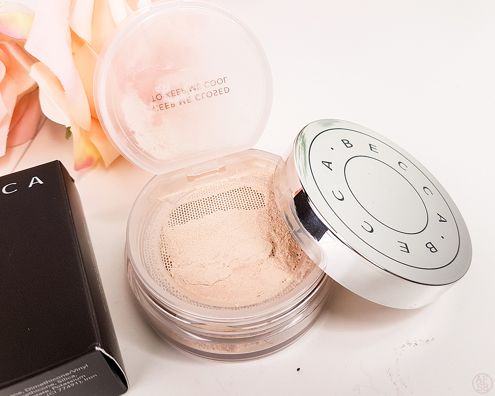 Boxycharm Aout 2019 : Becca  Hydra-Mist Powder #beautybox